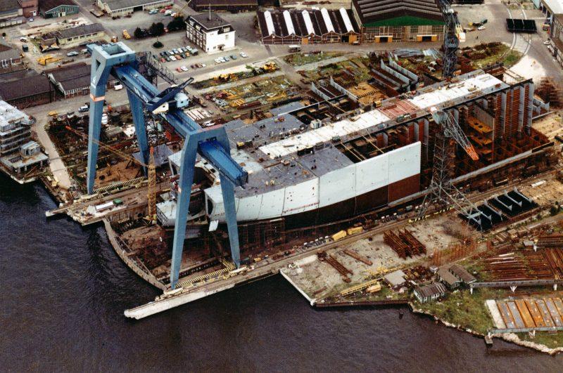 1972 bouw Pegasus op 16 augustus, bij kraanbaan Texaco Panama.