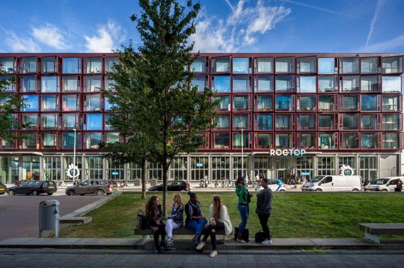 Moke-Architecten-Nieuwdok-studentenwoningen-school-gevel-zuid-west-s