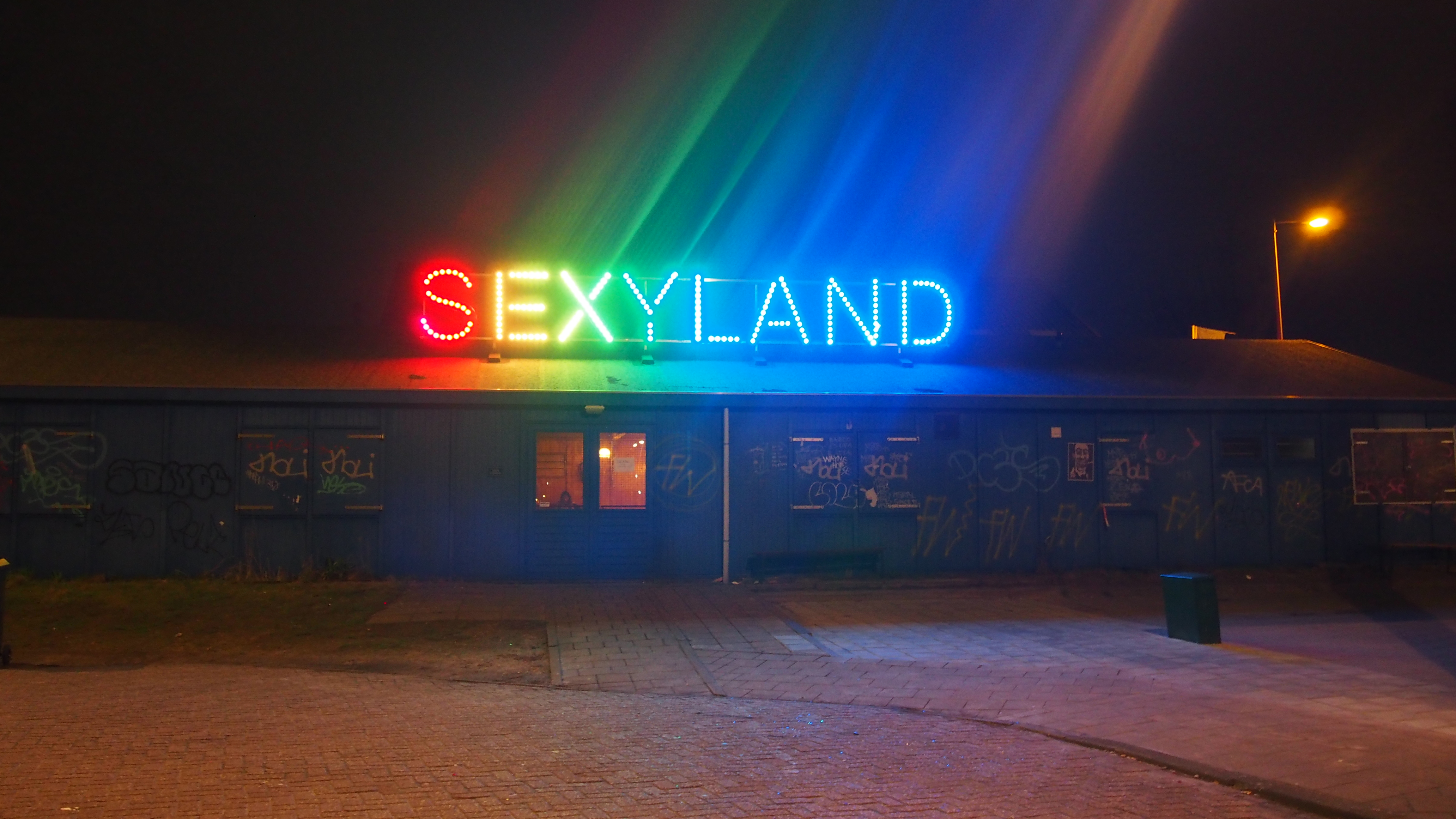 Sexy land images