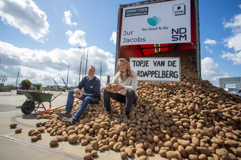Toine Timmermans van Stichting Samen Tegen Voedselverspilling en Lianne de Bie van Slow Food Youth Network Nederland